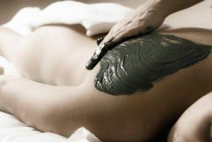 tratamiento-corporal-espalda-con-fango